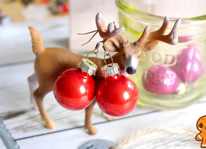 Ohrringe aus Weihnachtskugeln zu Weihnachten basteln
