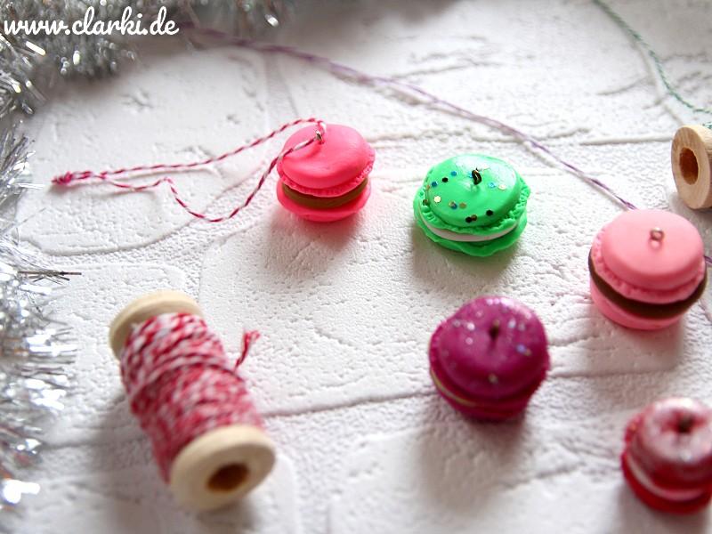 Weihnachtsbaumschmuck basteln: Macaron-Anhänger